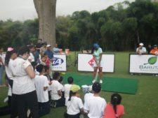 Ramón Muñoz dictó clínica a los niños