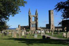Catedral de St Andrews y Torre de St Rules (cortesía commons.wikimedia.org)