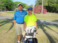 Luis Carlos Ng (Subcampeón Neto Cat D) y su papá