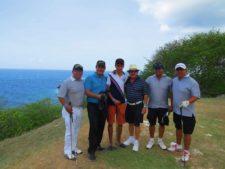 Grupo de Participantes y Alfredo Sánchez Gaitán (polo azul claro) en Blue Bay Golf Club, Curazao