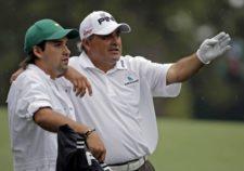 Angel Cabrera y Caddie (Hijo) (cortesía guardianlv.com)