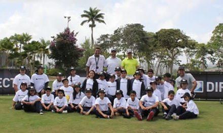 Diego Larrazabal dictó clínica en la Lagunita Country Club