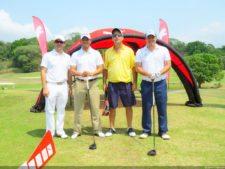 Gabriel Barletta, Osvaldo Espino, José Luis García de Paredes y participante del evento