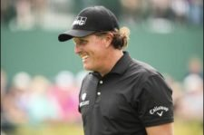Phil Mickelson en green del 18 (Andrew Redington / Getty Images)