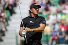 Phil Mickelson hoyo 4 (Tom Pennington / Getty Images)