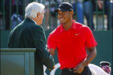 Tiger en 1er Tee (Tom Pennington / Getty Images)