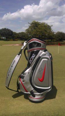 La bolsa firmada por Tiger Woods que se sorteará en la Bridgestone America's Golf Cup