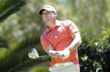 QUITO, ECUADOR (SEP. 26, 2014) El estadounidense Tyler McCumber pega su tiro de salida en el hoyo 13 durante la segunda ronda del All You Need Is Ecuador Open en el Quito Tenis y Golf Club. (Enrique Berardi/PGA TOUR)