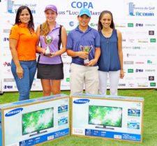 1er. Gross Valeria Patiño y Luis Carlos Ng, junto a Irene y Mary Martínez (extremo izq. y der. respectivamente)