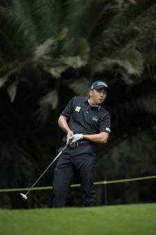 ESTADO DE MEXICO, MEXICO - (OCT. 18, 2014) El colombiano Oscar Álvarez pega su tiro de salida en el hoyo 14 durante la tercera ronda del 56º TransAmerican Power Products CRV Abierto Mexicano del Golf presentado por Heineken en el Club de Golf Chapultepec. (Enrique Berardi/PGA TOUR)