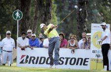 BUENOS AIRES, ARGENTINA - (OCT. 25, 2014) - El estadounidense Robert Rohanna pega su tiro de salida en el hoyo 16 durante la tercera ronda de la Bridgestone America's Golf Cup en Olivos Golf Club. (Enrique Berardi/PGA TOUR)
