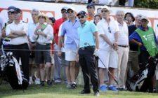 BUENOS AIRES, ARGENTINA - (OCT. 25, 2014) - El argentino Julián Etulain después de pegar su tiro de salida en el hoyo 16 durante la tercera ronda de la Bridgestone America's Golf Cup en Olivos Golf Club. (Enrique Berardi/PGA TOUR)