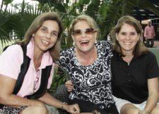 Irene Zubillaga, Antonieta Olivo y Jessy Zubizarreta