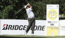 BUENOS AIRES, ARGENTINA - (OCT. 22, 2014) - El argentino Ángel Cabrera pega su tiro de salida en el hoyo 18 durante el Pro-Am de la Bridgestone America's Golf Cup en Olivos Golf Club. (Enrique Berardi/PGA TOUR)