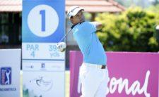BUENOS AIRES, ARGENTINA (NOV. 27, 2014) - El argentino Fabián Gómez pega su golpes de salida en el hoyo 1 durante la primera ronda del Personal Classic en Las Praderas Club Campos de Golf. (Enrique Berardi/PGA TOUR)