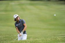 BUENOS AIRES, ARGENTINA (NOV. 29, 2014) - El argentino Tommy Cocha ejecuta un chip en el hoyo 9 durante la tercera ronda del Personal Classic en Las Praderas Club Campos de Golf. (Enrique Berardi/PGA TOUR)