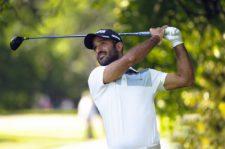 SANTIAGO, CHILE (NOV. 14, 2014) - El uruguayo Juan Ignacio Lizarralde pega su tiro de salida en el hoyo 9 durante la segunda ronda del Hyundai - BBVA 88° Abierto de Chile en el Club de Golf Los Leones. (Enrique Berardi/PGA TOUR)