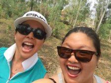 Christina Kim con amiga