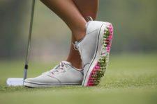 """""""Fashionismo"""" en los campos de golf (cortesía www.claiys.com)"""