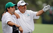 Ángel Cabrera e hijo (cortesía espn.go.com)