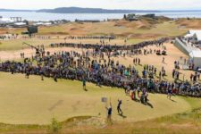 Joost Luiten plays from the ninth tee during the third round of the 2015 U.S. Open at Chambers Bay (cortesía USGA)