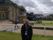 Velio Spano, Director Ejecutivo de la Asociación Argentina de Golf, en el Old Course de St Andrews.