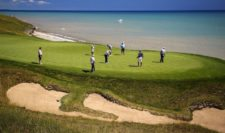 Jordan Spieth of the United States putts during a practice round prior to the 2015 PGA Championship at Whistling Straits on August 12, 2015 in Sheboygan, Wisconsin (Photo by Richard Heathcote/Getty Images)