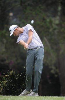 QUITO, ECUADOR - SEP. 9, 2015 - Justin Hueber de Fort Wayne, Indiana, en acción durante el Pro-Am del All You Need Is Ecuador Open que se jugó este miércoles en el Quito Tenis y Golf Club en Quito, Ecuador. (Enrique Berardi/PGA TOUR)