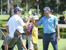 El equipo de Estados Unidos, compuesto por Justin Hueber y Matt Kuchar, realizó 60 golpes en la segunda ronda de la Bridgestone America´s Golf Cup presentado por Value / Gentileza: Enrique Berardi/PGA TOUR