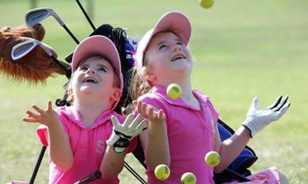 La diversión de jugar el golf