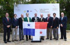 Los directivos del Club de Golf de Panamá y la Asociación de Golf de Panamá junto a los Socios Fundadores / Gentileza: Enrique Berardi/LAAC