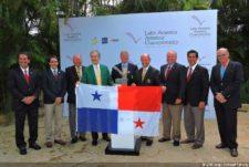 Representantes de Panamá con los Fundadores del LAAC en Dominicana