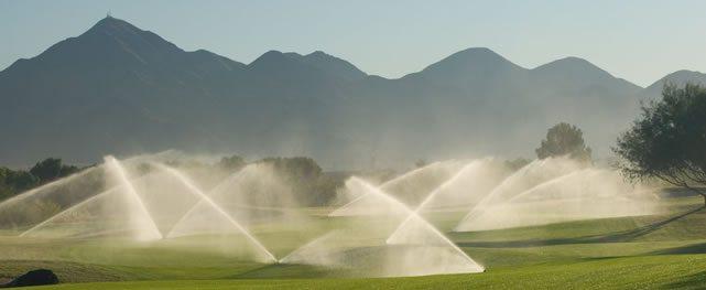 """Manejo del recurso """"agua"""" en los campos de golf"""
