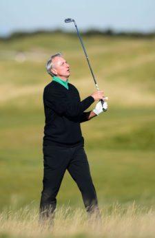 El golf también llora la muerte de Johan Cruyff