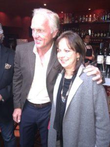 Mabel de Ángel y Greg Norman (cortesía Ma. Socorro Fernández Casas)