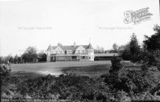 Hinhead Golf House (cortesía www.francisfrith.com)