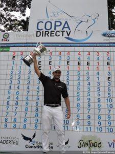 Denis Meneghini con Trofeo