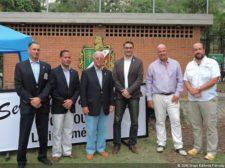 Representantes en entrega de Copa Directv en Valle Arriba GC