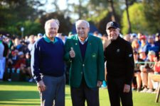 Honorary staters Masters champions Jack Nicklaus, Arnold Palmer, and Gary Player before Round 1 at Augusta National Golf Club on Thursday April 7, 2016 (cortesía Augusta National Inc)