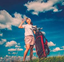 Controla la exposición al sol durante los últimos días de vacaciones (cortesía www.supercanal.com)