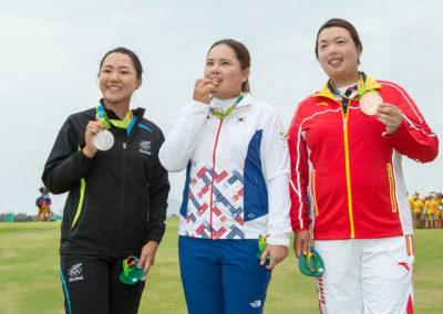 Las medallistas, Lydia Ko de Nueva Zelanda, Plata, Inbee Park de Corea, Oro y Shanshan Feng de China Bronce (cortesía Tristan Jones/IGF)