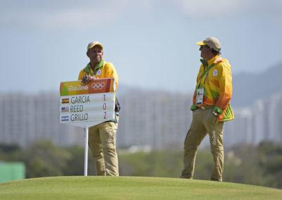 Abanderados en el hoyo 18 (Photo by Chris Condon/PGA TOUR/IGF)