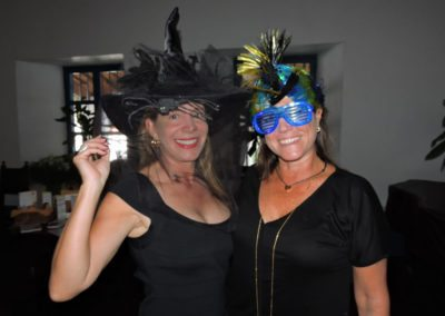 De que vuelan vuelan…! Invitacional Damas de Halloween!