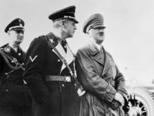 La retirada de Hitler por el Golf Olímpico (cortesía ayay.co.uk)