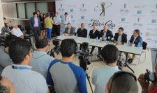 Una gran cantidad de medios locales asistieron al anuncio oficial del Flor de Caña Open ayer miércoles. (Cortesía Flor de Caña Open)