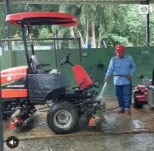 Lavando equipos después de mañana muy animada - CG de Panamá