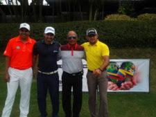 Los Golfistas Otto Solis, Denis Meneghini, José D. Ortega y el director de la PGA Jesús Ortega