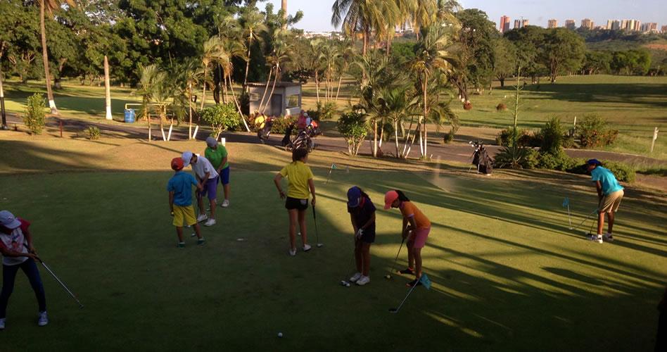 Programa PAR estuvo presente en clubes de Puerto Ordaz