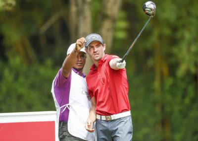 Andrés Echaverría y Caddie (cortesía Enrique Berardi/PGA TOUR)