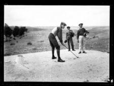 Alfonso XIII jugando al Golf en La Granja (cortesía carlosdeiracheta.com)